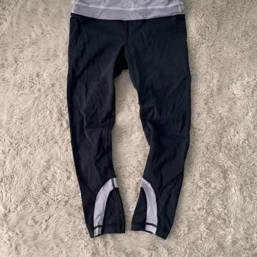 Lululemon cropped leggings size 4