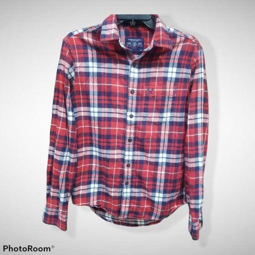 American Eagle plaid button down shirts
