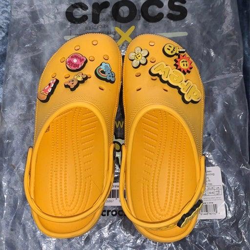 drew house crocs