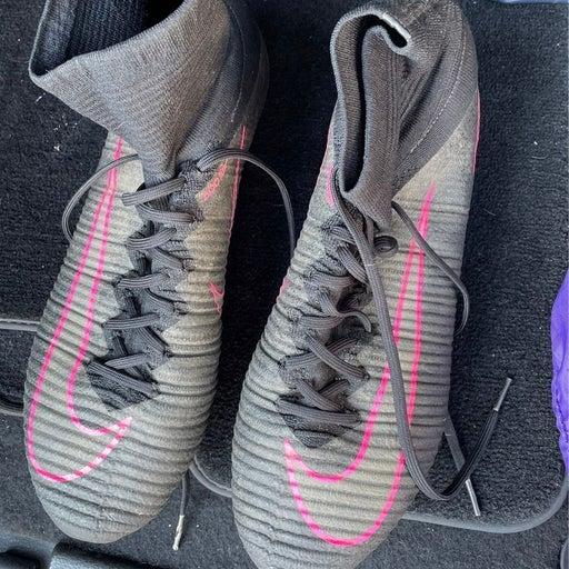 Nike mens soccer shoes mercuials