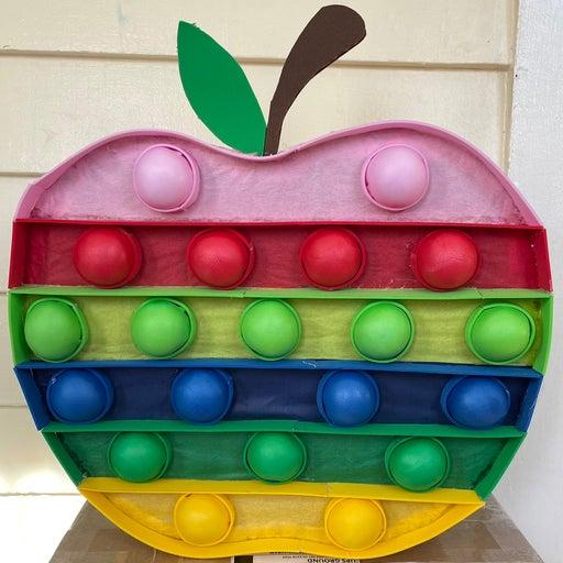 Pop it Piñata Apple