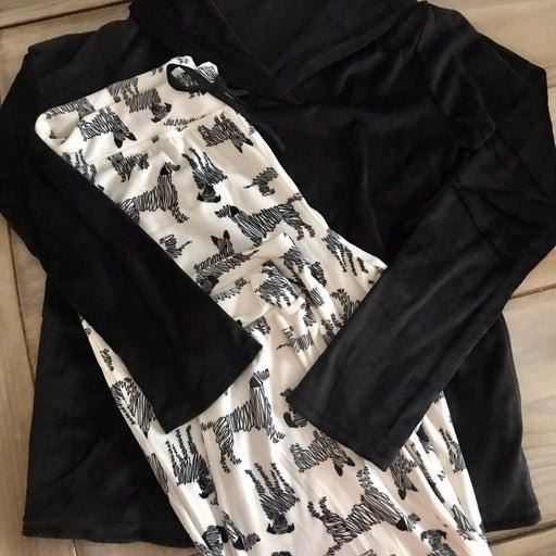 Cuddle Duds Velvet Fleece Jogger/Pajamas