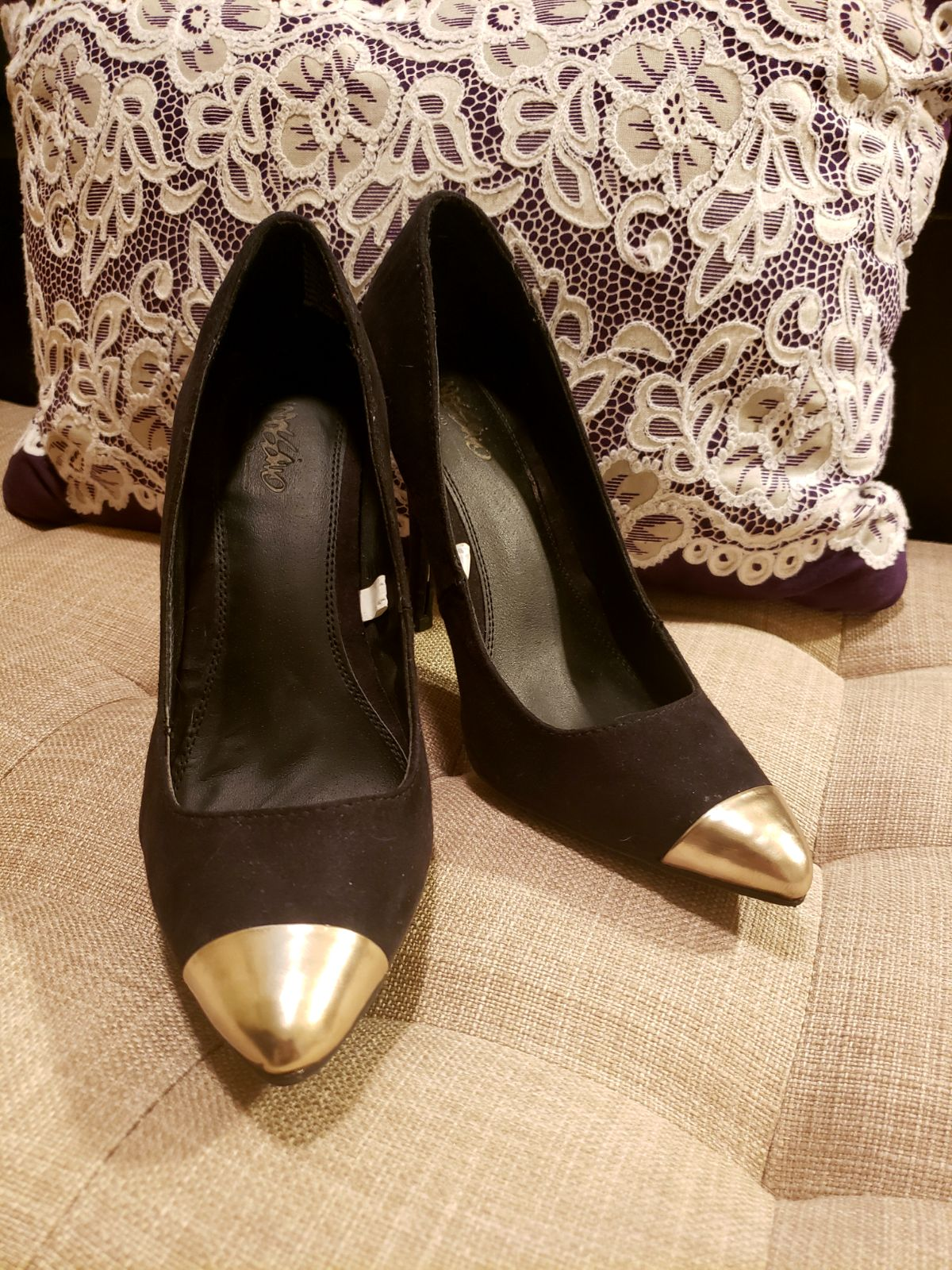 Black and Gold Heels size 6.5