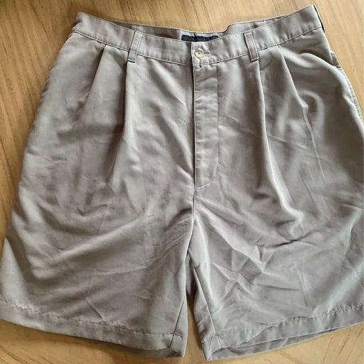 Croft and Barrow pleated golf shorts siz