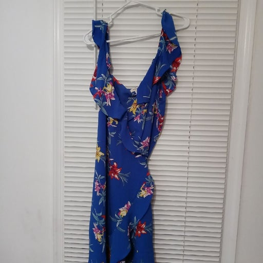 Maxi dress yellow Floral NWT