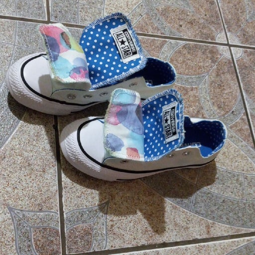 Converse all star size 5.5 woman's