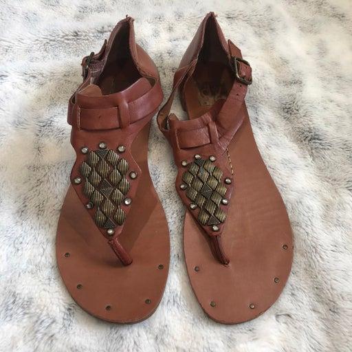 DV by Dolce Vita. Tan metal embellish leather sandals. Size 8.5