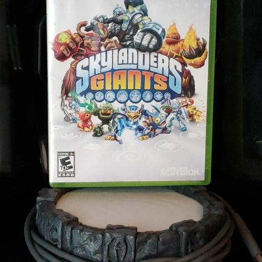Skylander Giants Xbox 360 w/ Portal