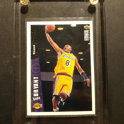 Kobe Bryant Upper Deck Cast Dunk #267