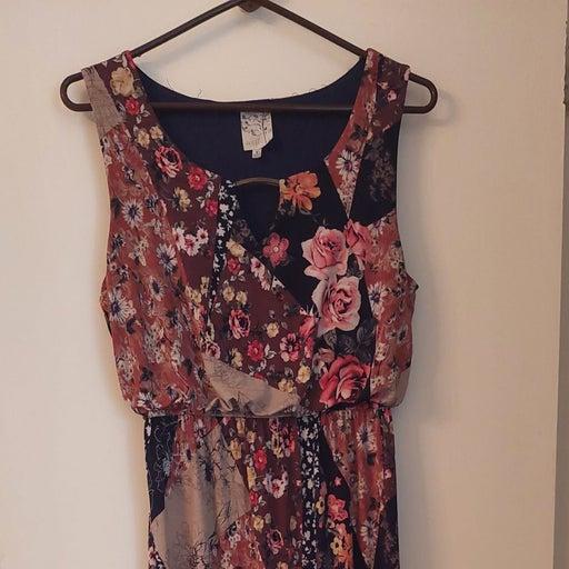 Maxi dress by Naif