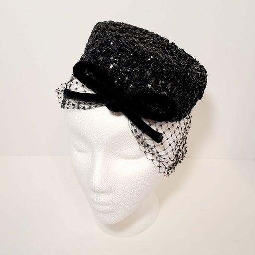 Vintage Fascinator Pillbox Hat w Veil