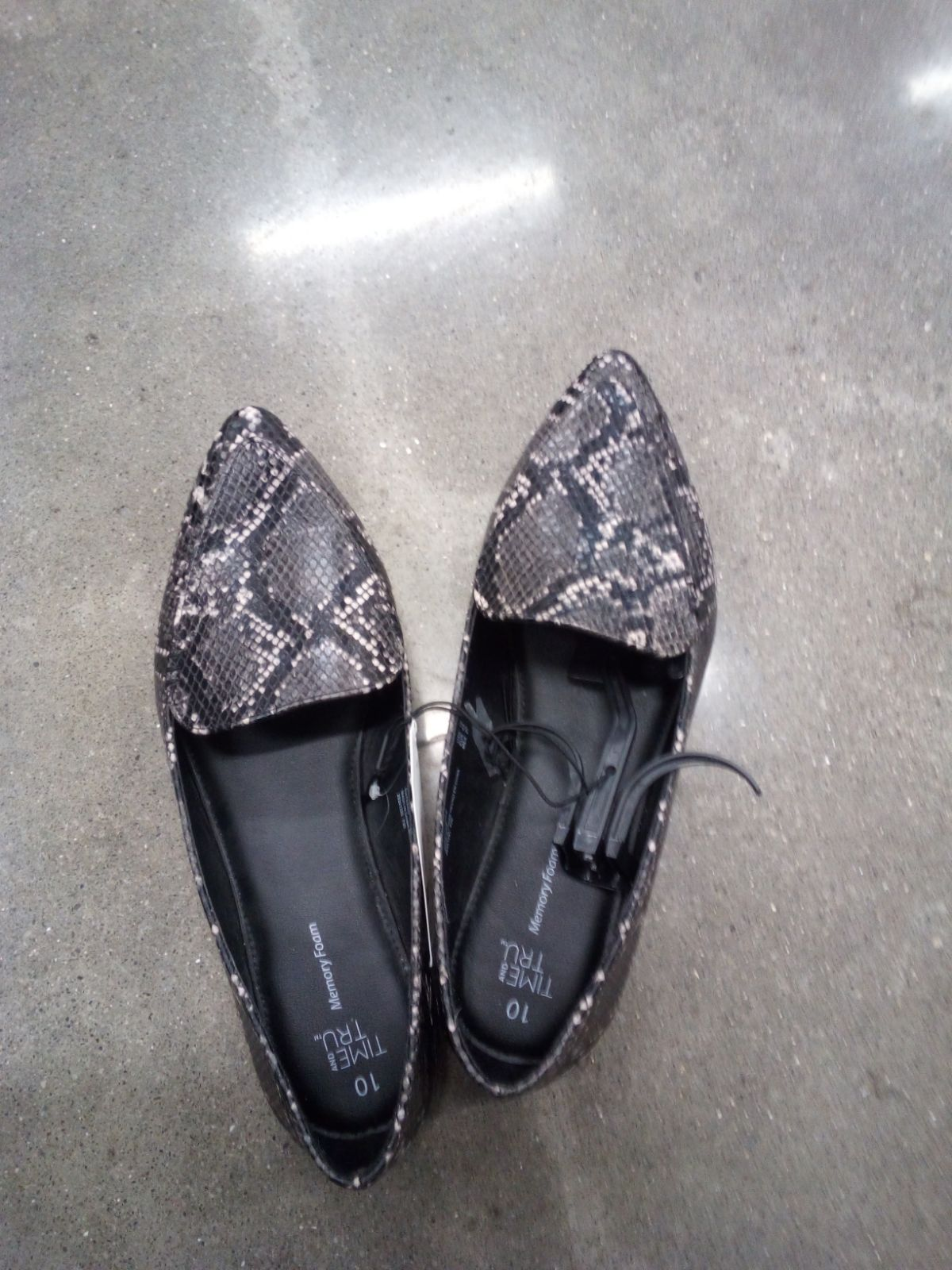 Details about  /Time and Tru WOMENS MEMORY FOAM Dress Shoes Snake Size 10,11