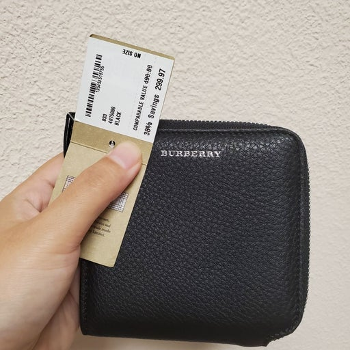 Burberry small wallet unisex