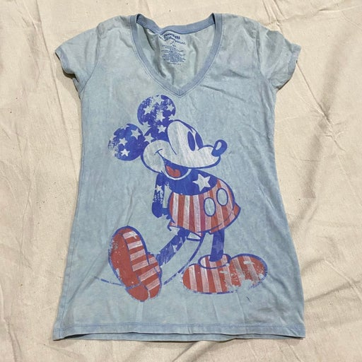 Disney Women's M Mickey Mouse American Graphic T-shirt