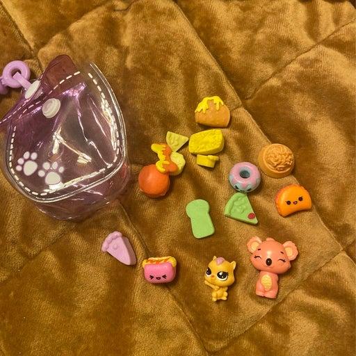 Littlest Pet Shop & mini toys
