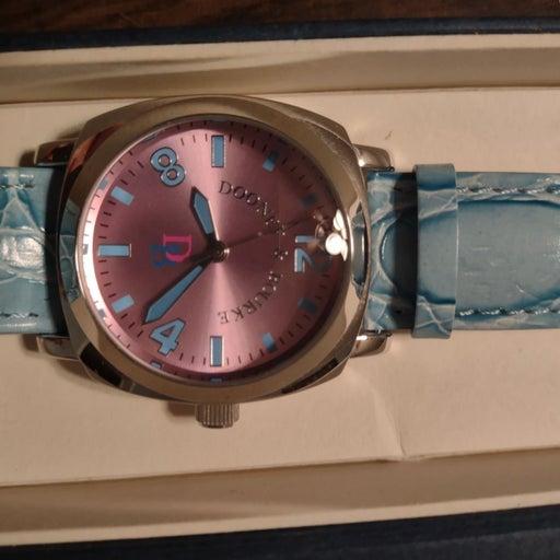 Dooney & Bourke Watch kept in original b