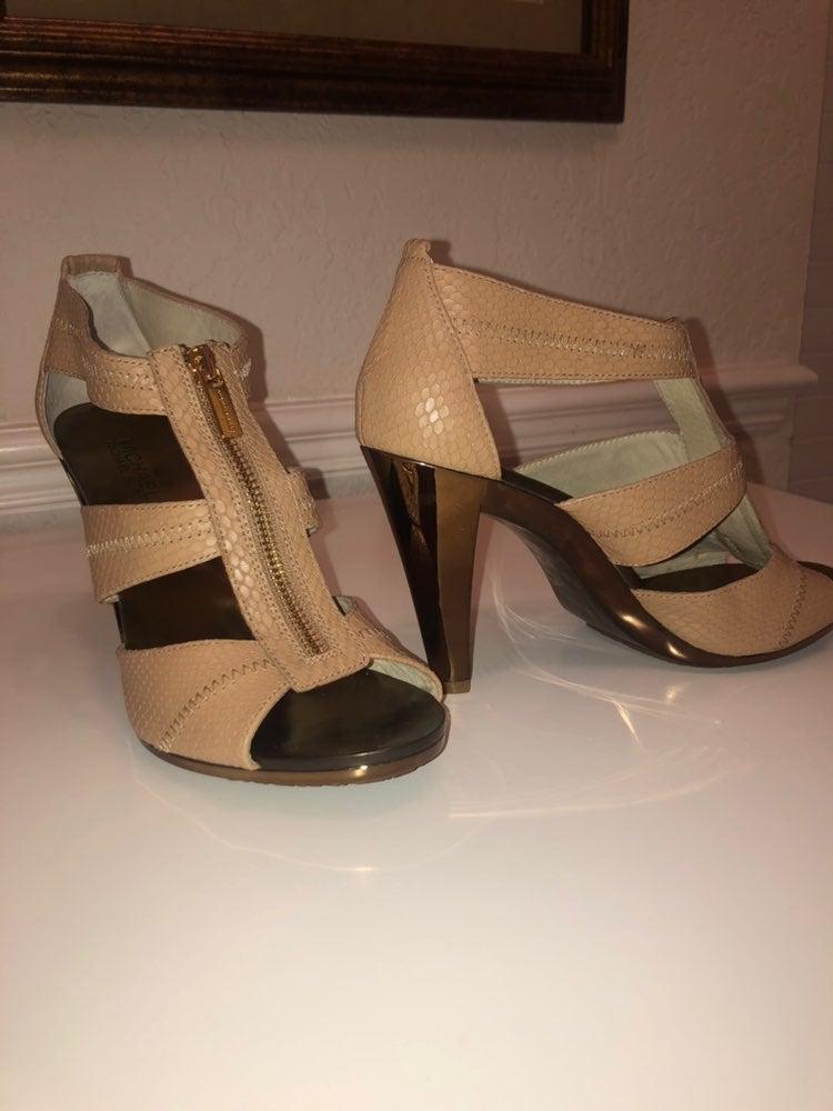 Michael Kors Berkley T-strap heels