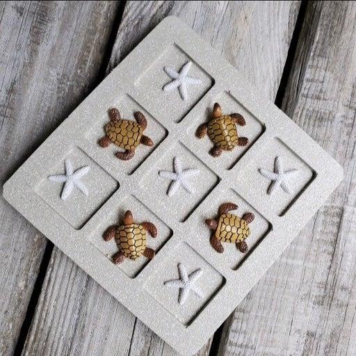 Coastal tic tac toe with turtles