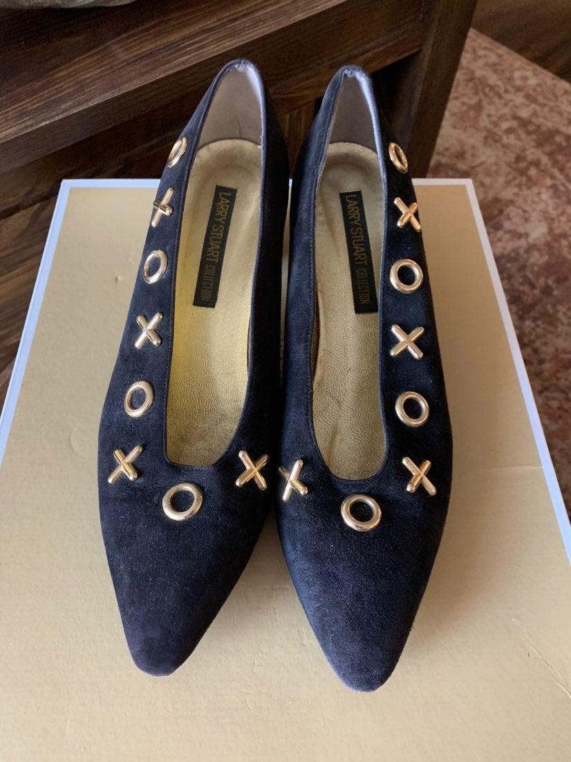 Larry Stuart Collectio Black Heels