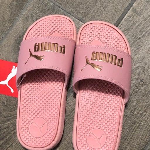 girls puma slides size 13c metallic pink