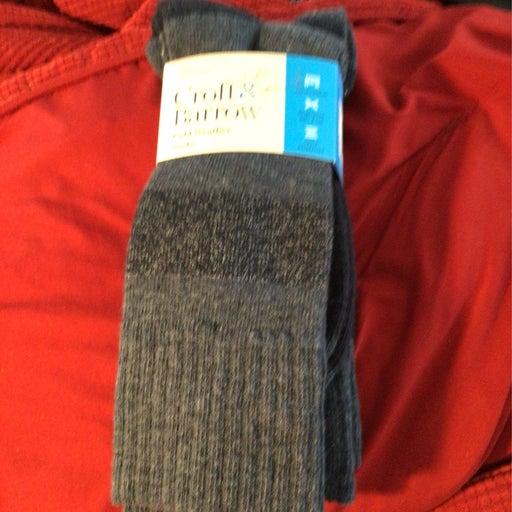 Socks,mems size 10-13.Cold weather