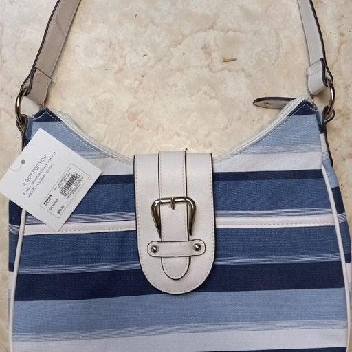 Croft & Barrow essential handbag