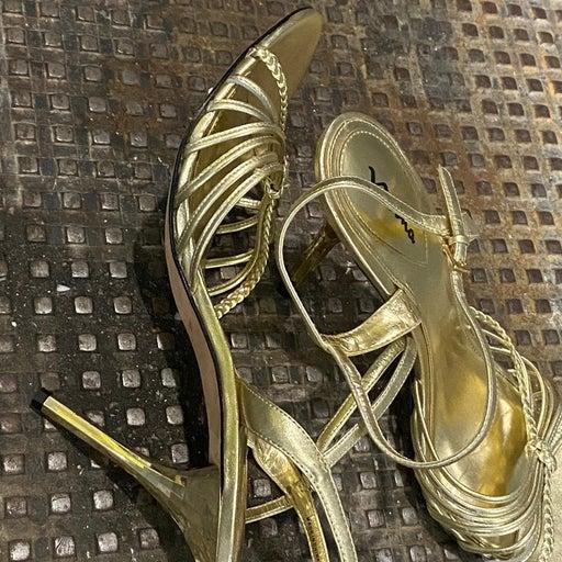 Gold stappy party sandala