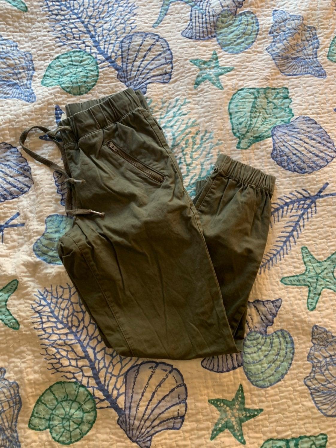 Green chino pants