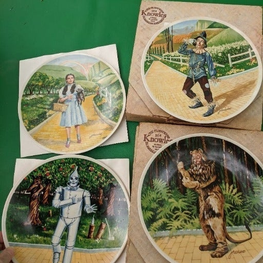 """Wizard of Oz"" 8 Bradford Exchange plate"