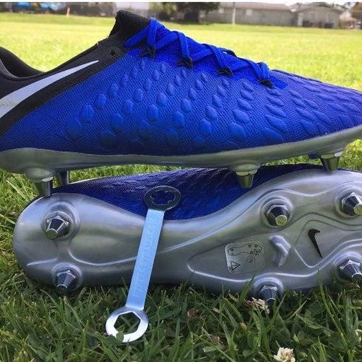 RARE Men's Nike Hypervenom Phantom III Elite SG-Pro Soccer Cleats AJ6708-401 Siz