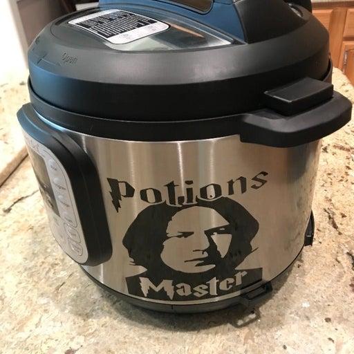 Instant Pot Duo 6 Qt 7-in-1 Pressure Cooker w/Professor Snape Decal + Cookbook