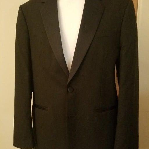 (2A1D1I) Tuxedo Jacket from Jean Yves