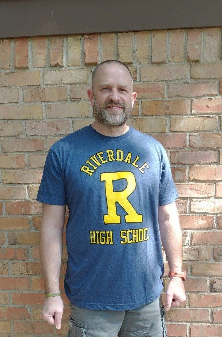 Mens Riverdale Tshirt Size XL