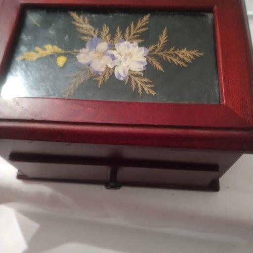 Croft and Barrow jewelry box
