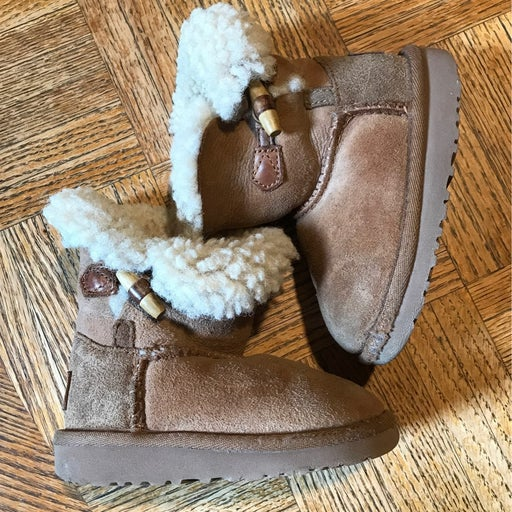 Ugg Boots toddler size 7