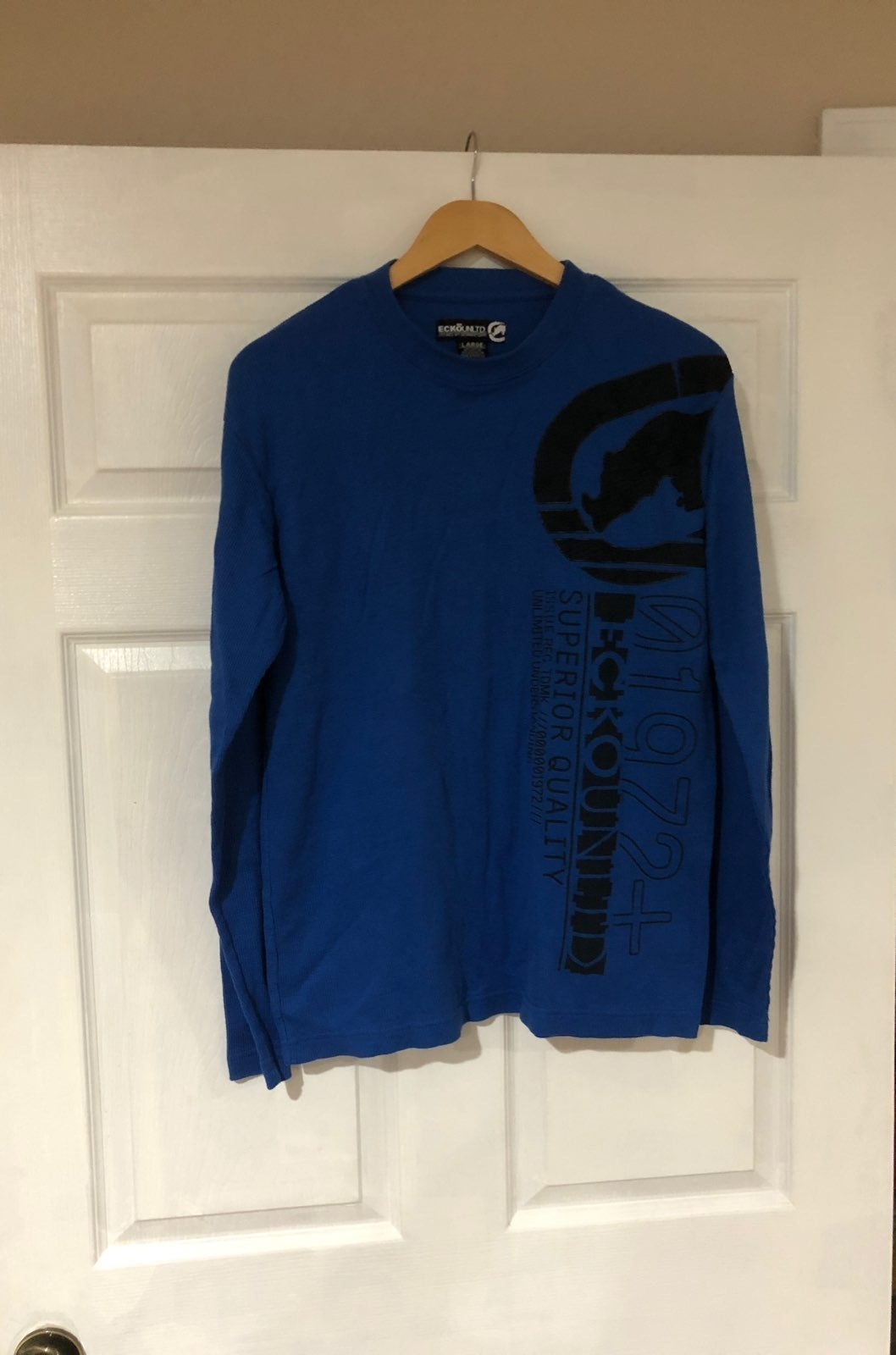 Mens pullover top