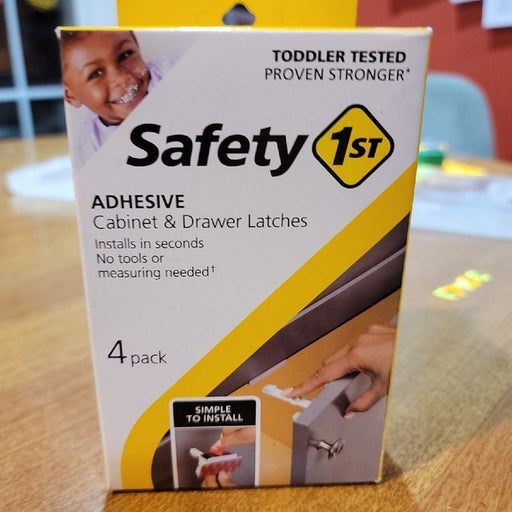 Safety 1st Adhesive baby latches
