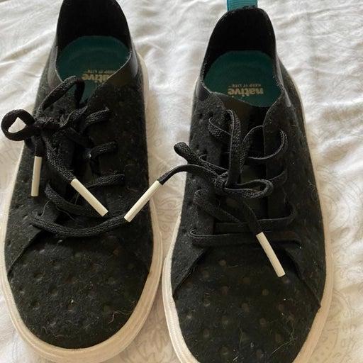 Native shoes C10