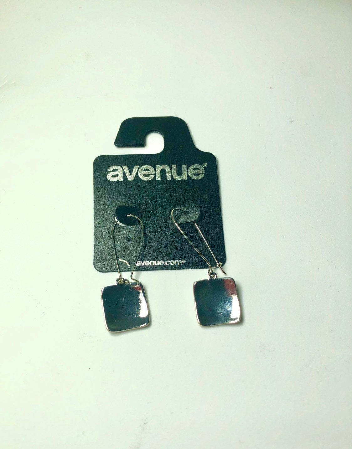 Silver-colored fashion earrings from Ave