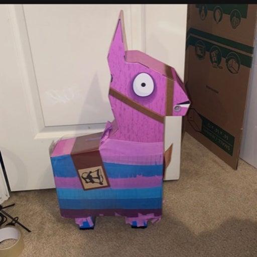 Fortnite Jumbo Llama Piñata 100 Piece