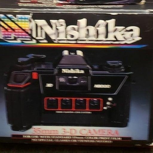 Nishika N8000 3-D Camera w Seperate Flas