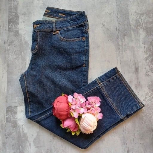Simply Vera Vera Wang Cropped Ankle Straight Dark Denim Jeans_Size 6