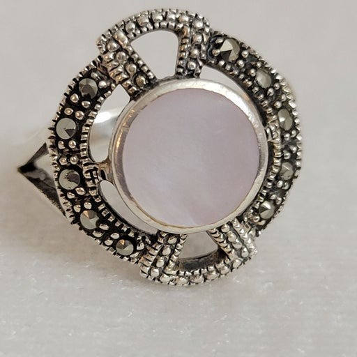 925 Sterling Mother of Pearl Ring Size 9