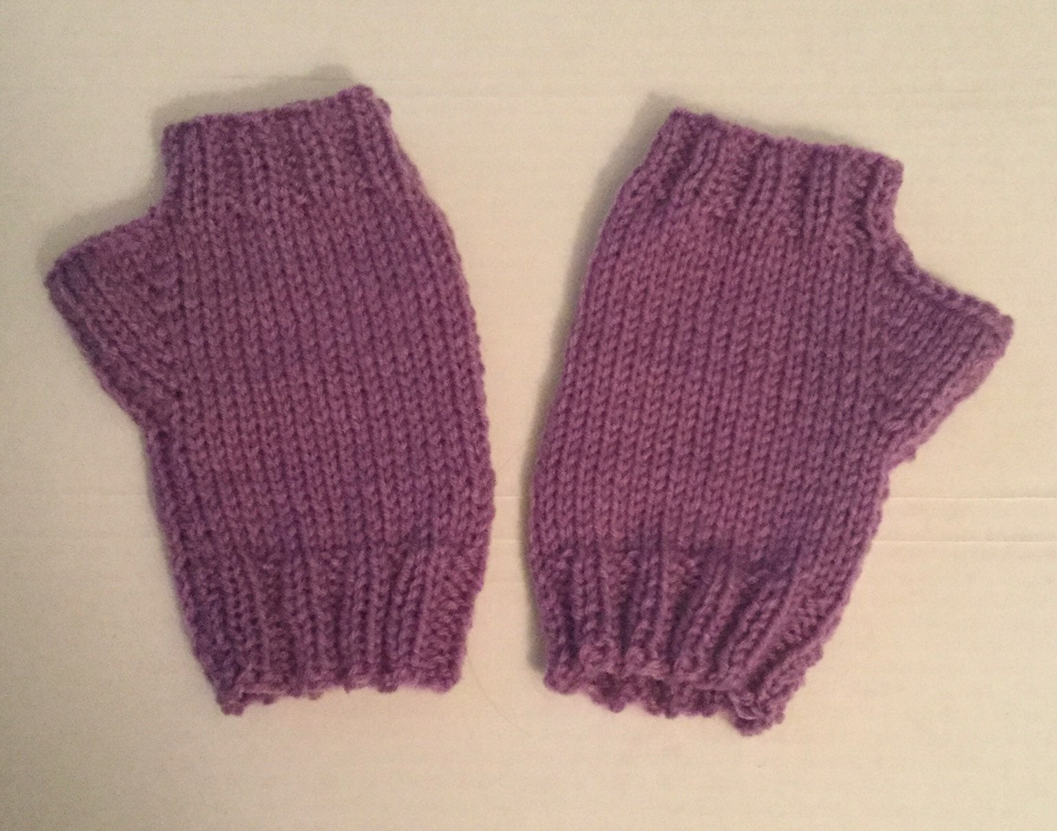 Small/ medium fingerless hand mitts, adu