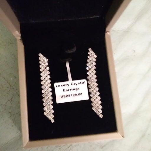 Luxury crystal earrings