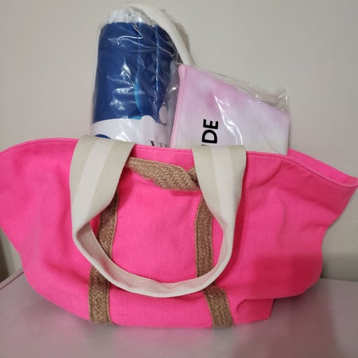 Beach/pool bag and supply bundle