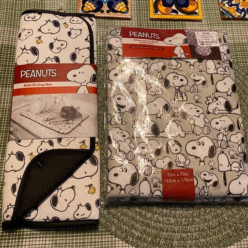 Peanuts dish drying mat and PEVA flannel back tablecloth