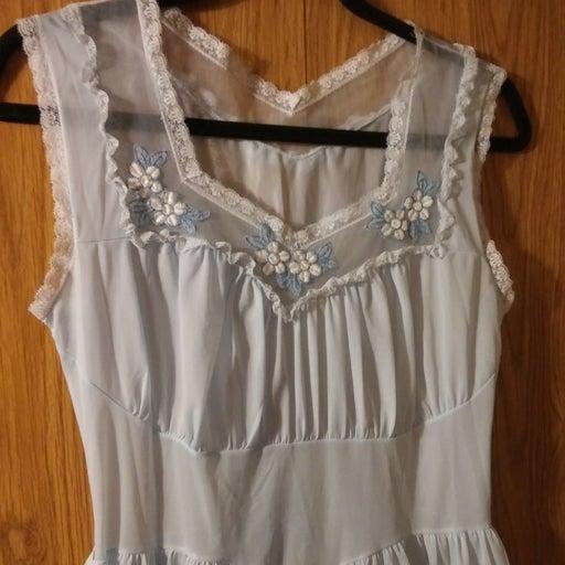 Vintage Faerie Surelock Nightgown (xs)