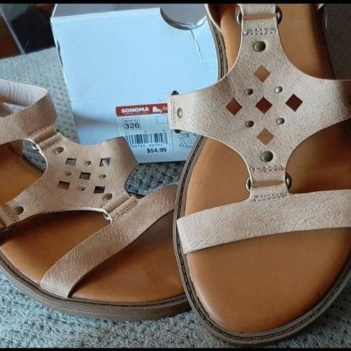 size 6 * $55 RUBBER SOLE Cushion sandals