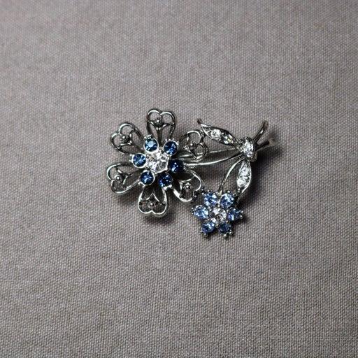 Vintage craft rhinestone flower brooch